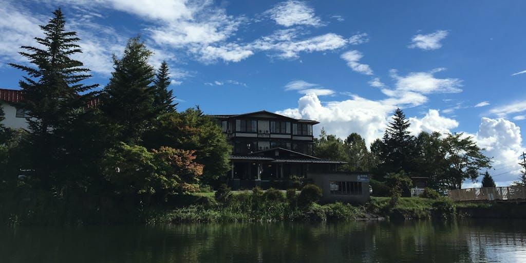 【寮完備】八ヶ岳の麓 温泉ロッジで3ヶ月間 あそび、はたらき、くらしてみませんか?