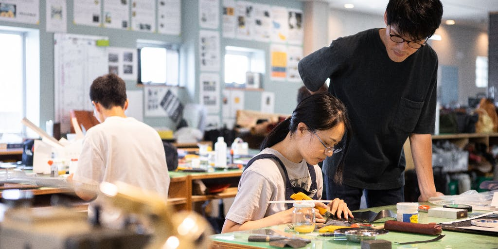 カバンアルチザンスクール入校生募集!日本一の産地で本気でカバンを学びませんか?