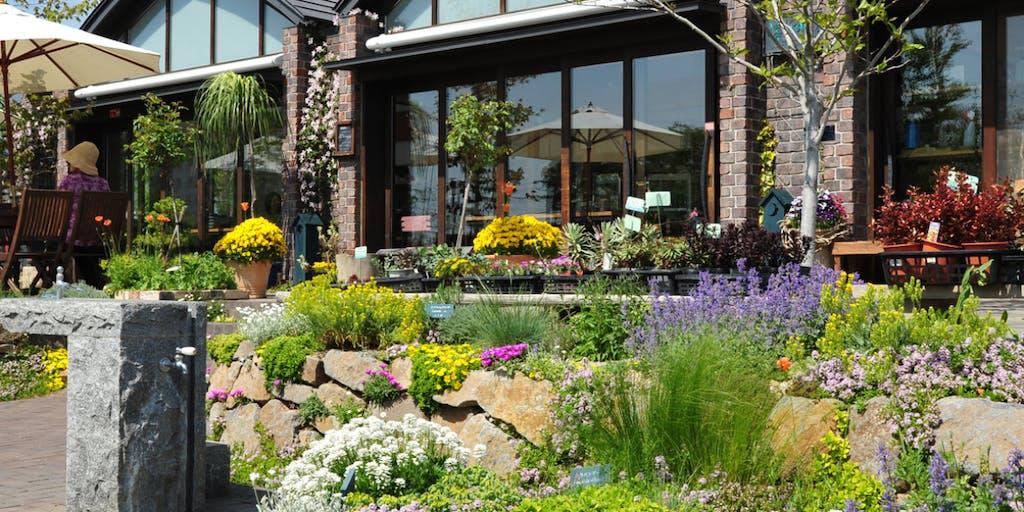 信州小諸駅前の「停車場ガーデン」のカフェ運営を担ってくださる料理人を募集します!