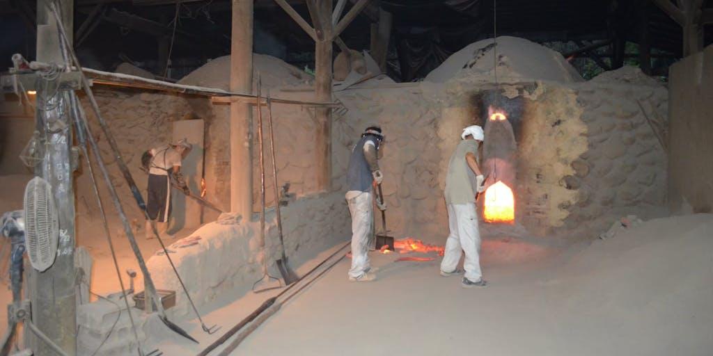 「僕は炭を焼く、一緒に来ないか。」紀州備長炭の製炭職人を募集します。