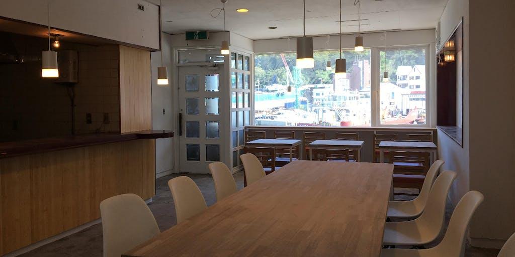 【島に住む・働く】瀬戸内海の島の「海がみえるカフェ」で働きながら島暮らししませんか?【カフェスタッフ募集】