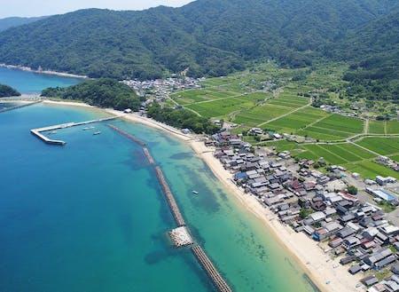 舞鶴の豊かな海と田んぼと漁村。