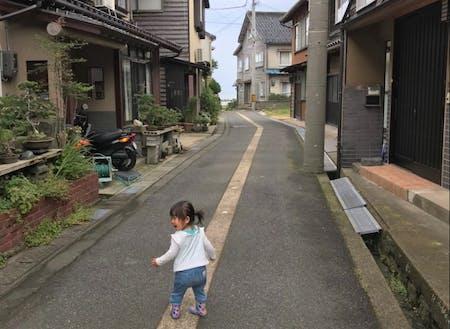 迷路のような竹野の路地を探検しながら空き家見学