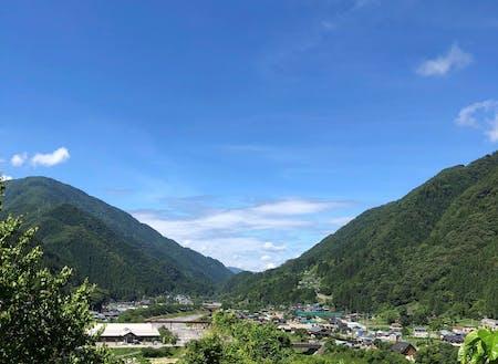 のどかな山村で一緒に学びます