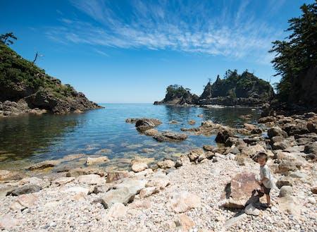 国立公園【浄土ヶ浦】です。人がほとんどいない中で泳ぐのが最高すぎて…!