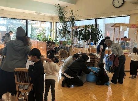 交流促進施設である「あったからんど」で、子ども向けにキッズフェスティバルを開催し、子どもが遊べるスペースを提供!たくさんの人に参加してもらいました。