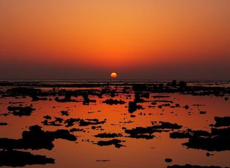 島の夕焼け