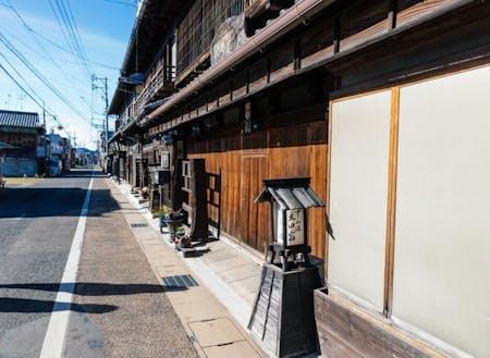 江戸時代には中山道の宿場町として栄えた場所。現在でも宿場町の面影が見られます。
