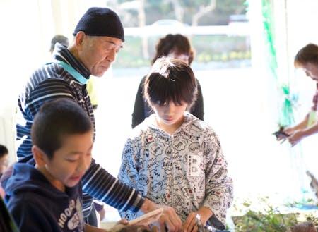 知恵と技を子どもたちに伝えるのも大事な仕事