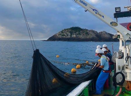 株式会社ゲイトさんによる漁師体験(海のしごと)。