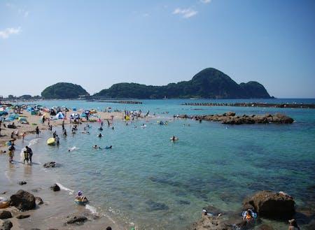 透明度の高い竹野浜海水浴場