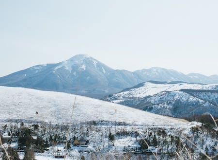 冬は、空気が澄んで山々がいっそう綺麗に見えます。