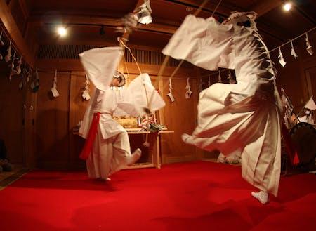 椎葉村の伝統 神楽