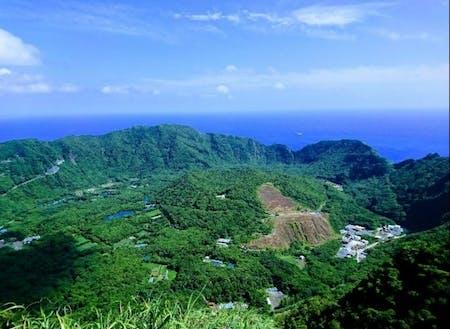 青ヶ島の特色でもある2重カルデラ