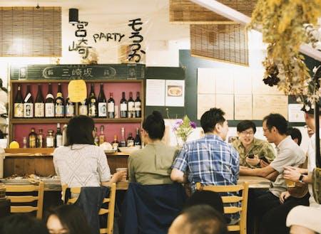 拠点となる東京台東区谷中のさんさき坂カフェ。地域の中と外の人を結ぶ下町カフェ。