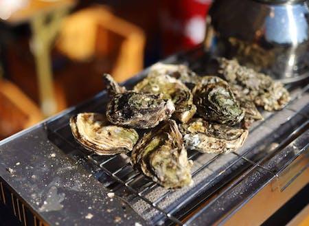 能登の牡蠣。塩分濃度が高く、濃厚な風味とプリプリした食感が特徴的。