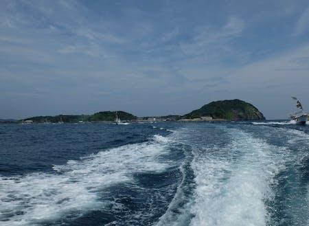 小川島の全景