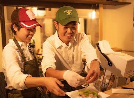 福田さんとスタッフさんのコンビも魅力