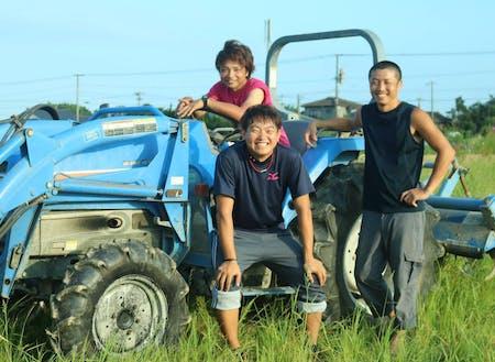 新富町では若手農家が起業家としてビジネスを立ち上げ、クラウドファンディングに挑戦する事例も生まれています。