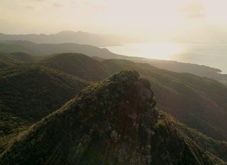 野底岳。絶景トレッキングも石垣の魅力のひとつです。