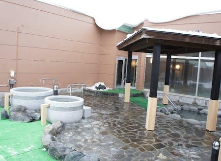 市内温泉施設の露天風呂