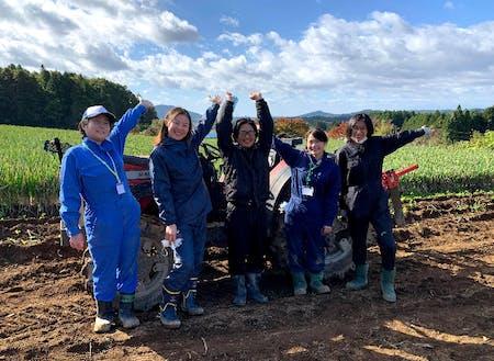農業体験ツアーの様子