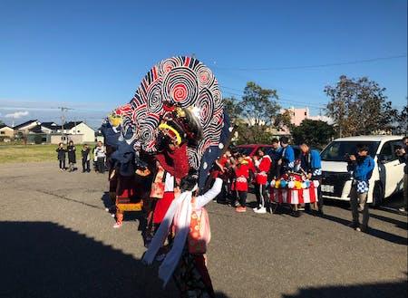 安川地区の獅子舞