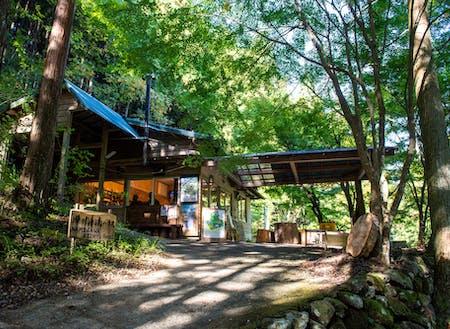 滑川渓谷の入り口に佇む観光案内所「滑川清流ハウス」