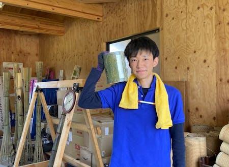 本年度卒業の宇津木くんは、3年間の活動と地域おこし協力隊について話いただきます。