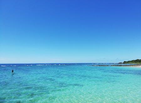 島内屈指の美しいビーチ、与名間ビーチ