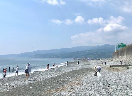 海岸清掃をきっかけに、たくさんの地域の友人や知人ができた。