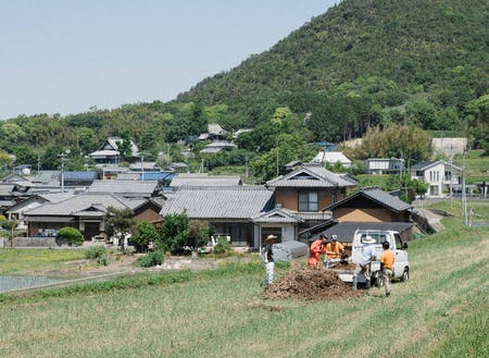 香川県まんのう町にある農園の風景です。