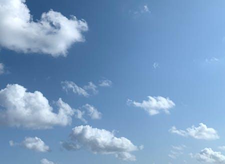 蒼く澄んだ空