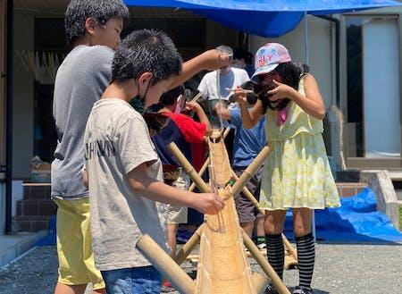 永井さん主催の流しそうめんイベント。毎月1回程度、子ども食堂を開催しています。