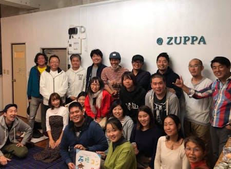 石垣島出身者、移住者、Uターンいりまじって、石垣島を盛り上げたい想いを持った様々なメンバーが集まります。