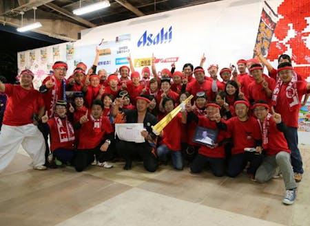 第10回B-1グランプリin十和田にてゴールドグランプリを受賞した熱血‼勝浦タンタンメン船団のみなさん