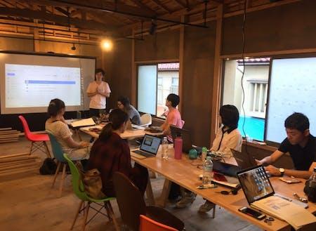 コワーキングスペースでの起業希望者向けの勉強会