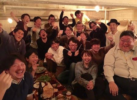 現在も東京で飲み会が開催。球団・選手を超えた「仲間」!