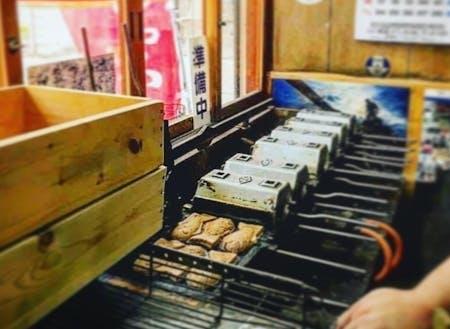 昔から大切に使ってる焼き台で、おいしいたい焼きを焼いてくれるお店が本庄にあることを知らない人へ