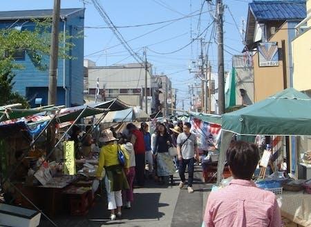勝浦朝市は水曜日以外毎日開催しています
