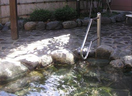 館内にある温泉施設の露天風呂