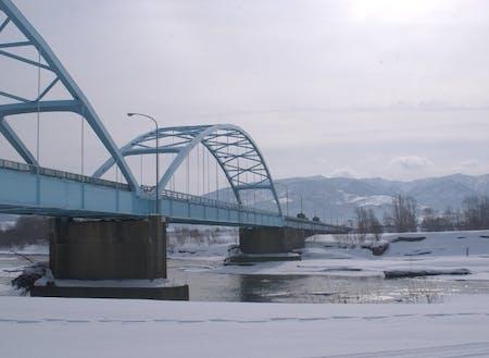 冬の深川橋