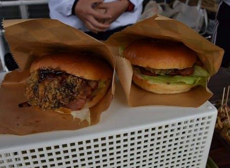 生徒が考案した「海星バーガー」。地元の名産であるしいたけを使っており、地元のイベントでは即完売となる人気商品になった