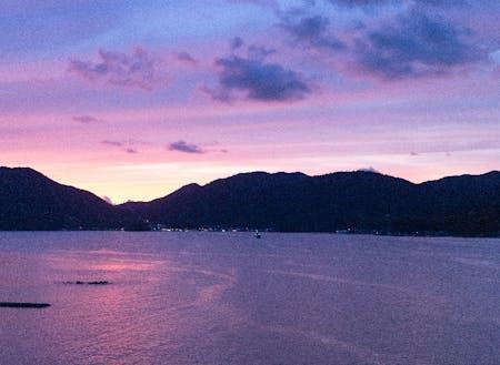 日本海を望む美しい牧歌的な夕焼け
