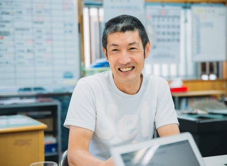 ソフト事業部責任者の竹田と一緒に最初は仕事をしていただきます
