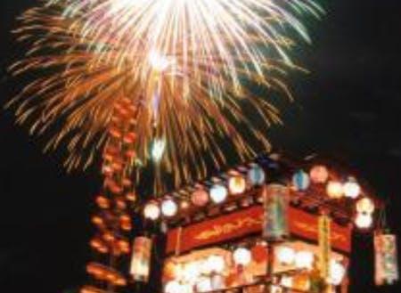 三重県を代表する大淀花火大会と祇園祭 たくさんの観光客も訪れます。