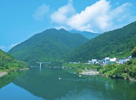 人口400人の大川村では、山岳観光や企業研修のプロジェクトリーダーを募集!