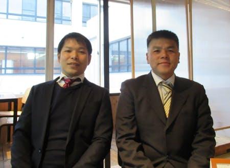 担当の深野さん(左)と白鳥さん(右)