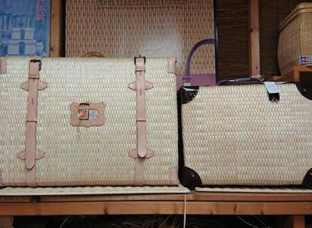 生成りの行李鞄と、アタッシュケース