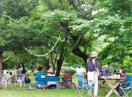 各々が緩く気ままに過ごすピクニックイベント。主催は町内の仕出し屋さんです